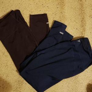 2 pairs of Old navy leggings